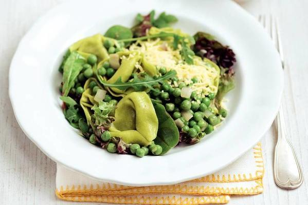 spinach tortelloni with garden peas and herb butter