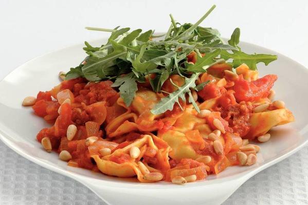 tortelloni with mascarpone sauce
