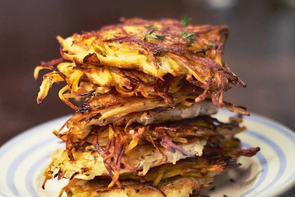 yvette from the top of the rösti biscuits of parsnip and thyme