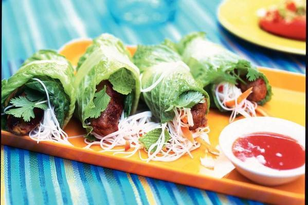 vietnamese lettuce-minced trolleys