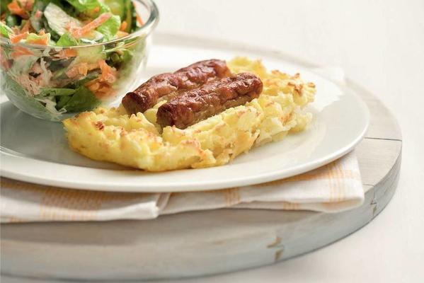 casserole of chipolata sausage with lettuce