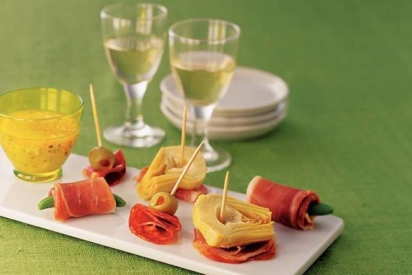 spanish trio snack with garlic sauce