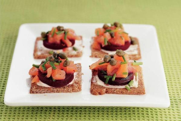 rye bread with beet and salmon