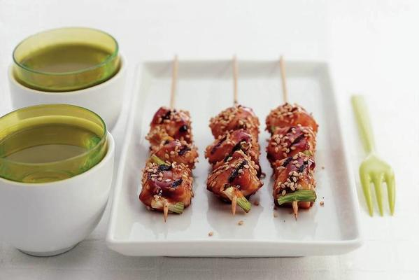Japanese chicken skewers with sesame seeds