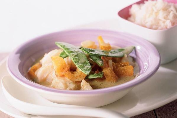 coalfish curry with snow peas