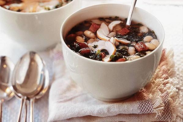 kale soup with smoked chicken and chorizo
