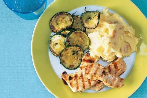 grilled turkey with zucchini