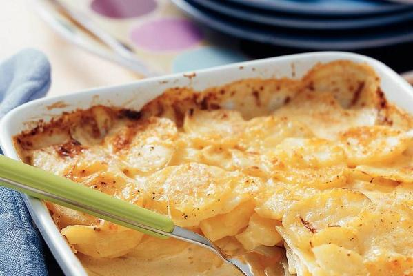 step-by-step potato gratin
