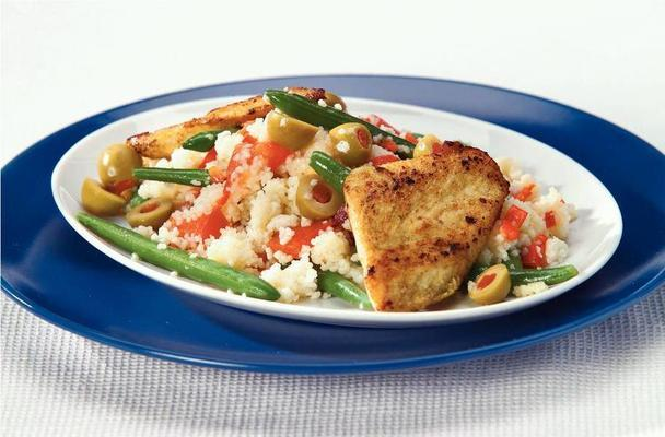 couscous salad with curry chicken