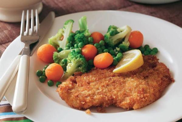 crispy plaice fillet with steam vegetables