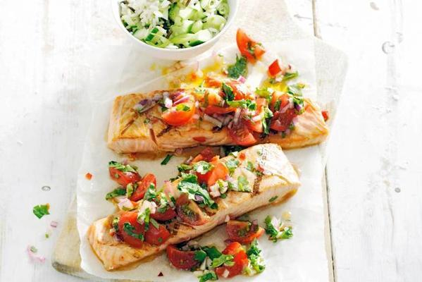 grilled salmon with salsa of cherry tomatoes
