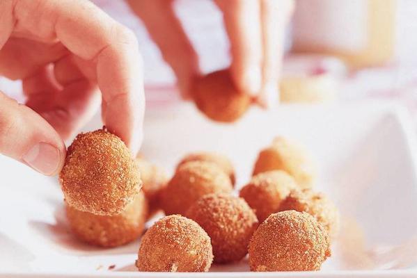 bitterballen of friese nail cheese