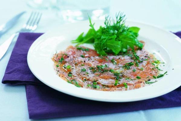 salmon in herb marinade