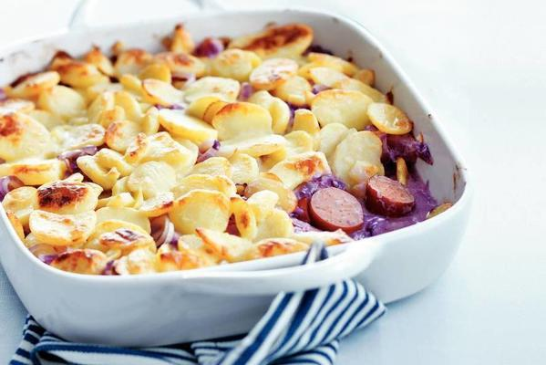red cabbage dish with pear