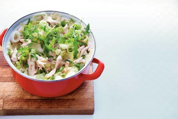 stew of leeks and mackerel