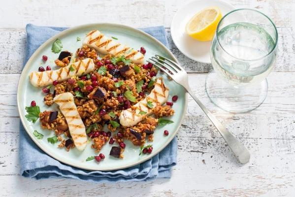 spelled salad with pomegranate and za'atar
