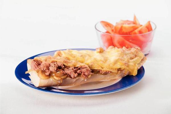 scalloped tuna sandwich
