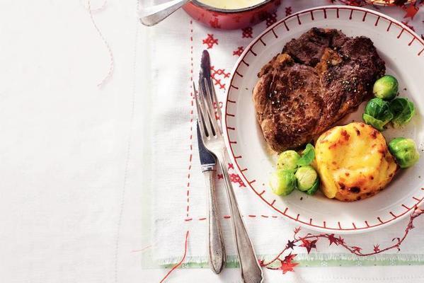 sirloin steak with potato gratins