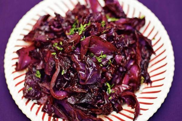 simple red cabbage