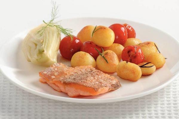 salmon fillet with coarse sea salt