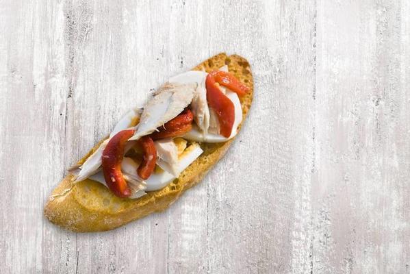 bruschetta mackerel, pepper and egg