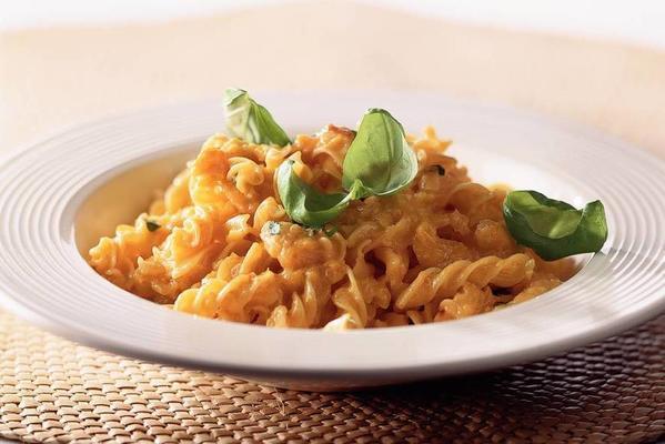 fusilli with paprika gorgonzola sauce