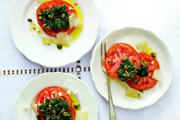 caprese with parsley pesto