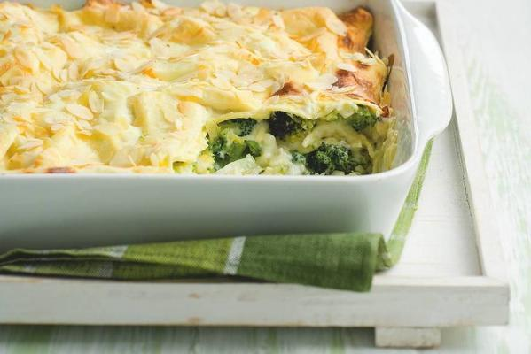 lasagna with broccoli and almonds