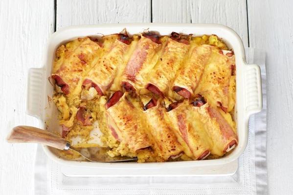 chicory with ham, cheese and mustard puree