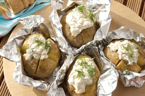 pumper potato with trout cream