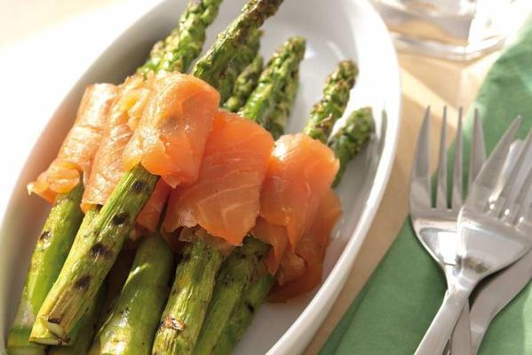 marinated green asparagus with salmon