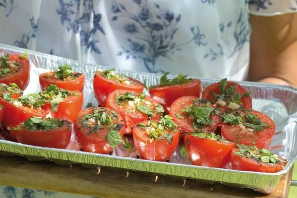 mint tomatoes with mint