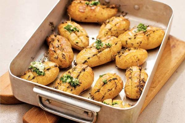 oven potatoes with herb butter