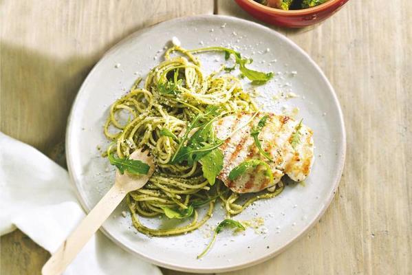 pasta pesto with chicken
