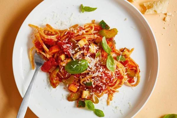 richly filled pasta full of vegetables
