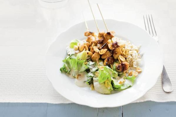 endive with chicken skewers