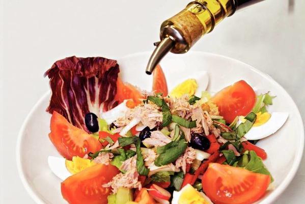 rich salad niçoise