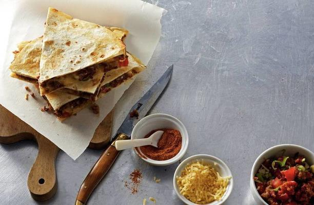 Quesadilla with minced meat