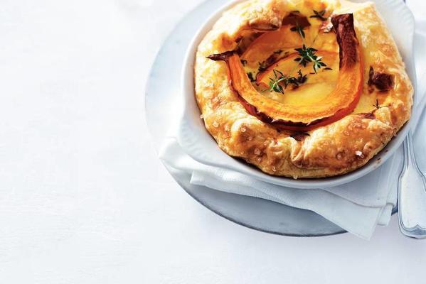 pumpkin pie with mature cheese