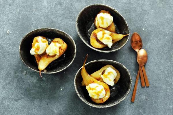 fried caramels with crème fraîche
