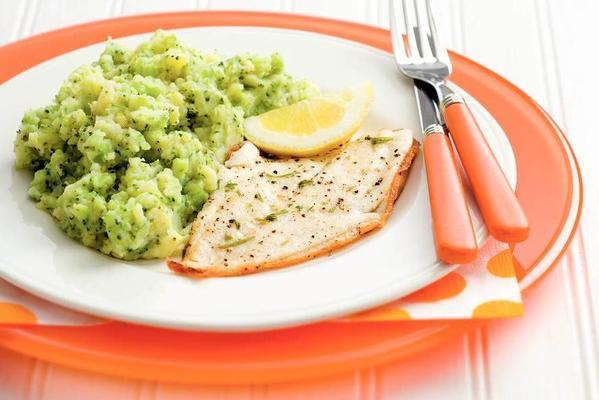 plaice fillet with broccoli puree