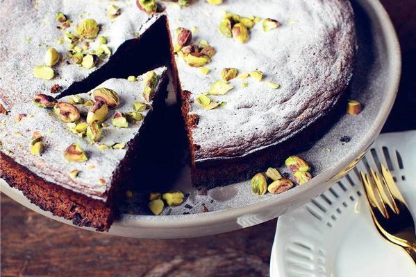 chocolate cake with pistachio nuts