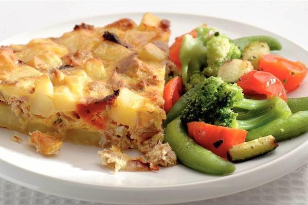 potato tuna omelette and italian vegetables