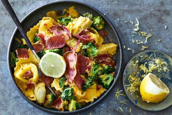 tortelloni with artichoke and parma ham