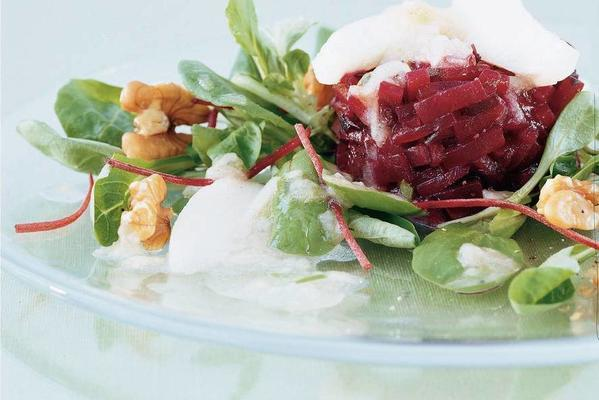 beet salad with pear dressing
