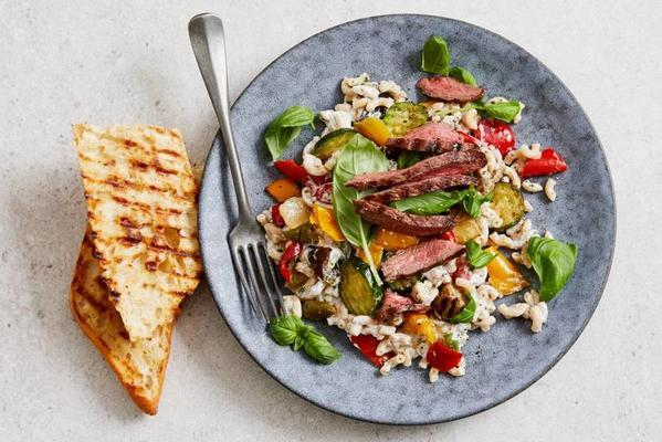 pasta salad with grilled steak