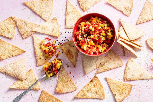 homemade sweet tortilla chips with fruit salsa