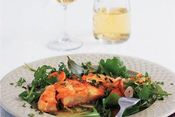 victoria perch fillet in white wine