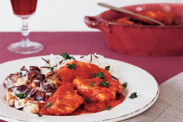 chicken in spicy tomato sauce and eggplant