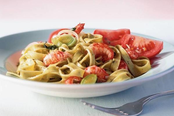 tagliatelle with crayfish